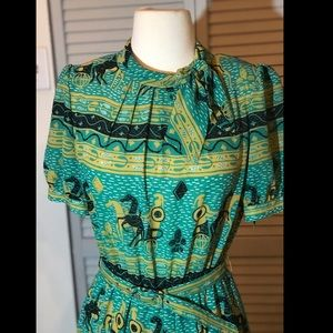 Vintage Dress Yea Woan Green Roman Print